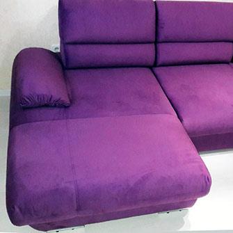 Угловой диван фиолетовый после перетяжки